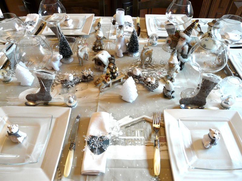 P1020114 photo de table noel blanc deco de tables - Deco table de noel blanc ...