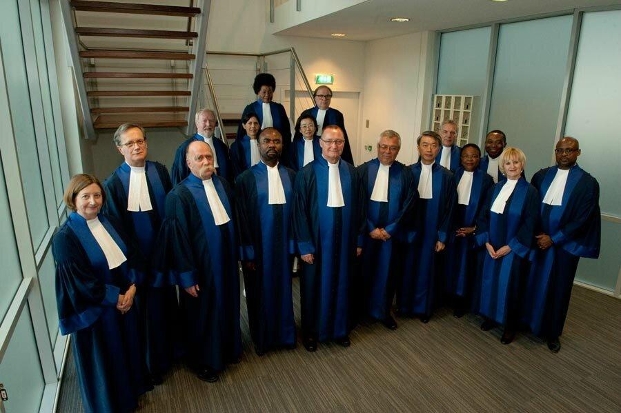CPI / LES 17 JUGES DE LA COUR PÉNALE INTERNATIONALE ARRÊTENT DE GRANDES MESURES.