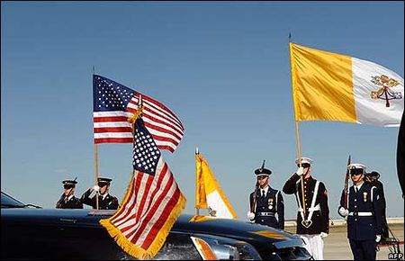 _44571904_flags_afp_466_300