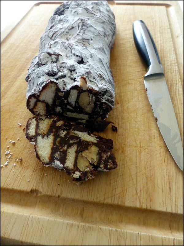 saucisson chocolat coupe
