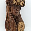 Hibiscus : bois noir, h : 50 cm