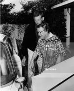1962-08-05-brentwood-eunice_murray_norma_jeffries-3-1