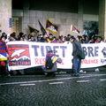 Paris 10 mars 2009 - Banderolle des Etudiants pour un Tibet Libre