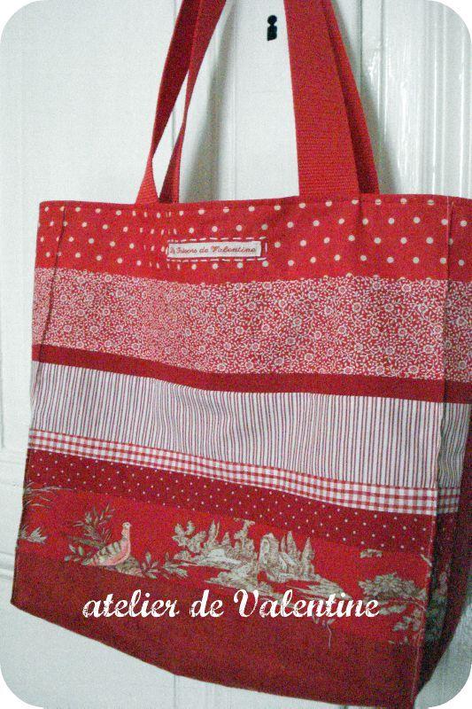 cabas v fruits rouges l 39 atelier de valentine. Black Bedroom Furniture Sets. Home Design Ideas