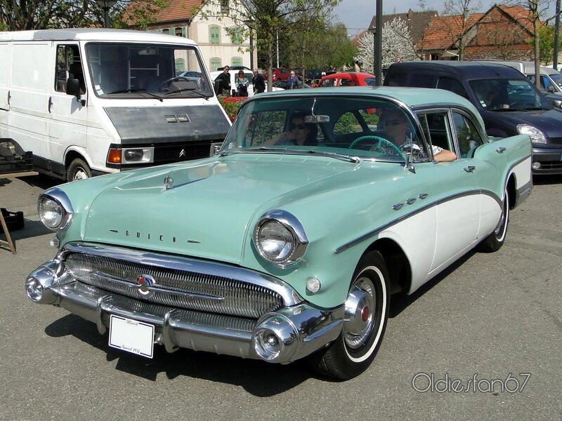 buick-special-4door-sedan-1957-a