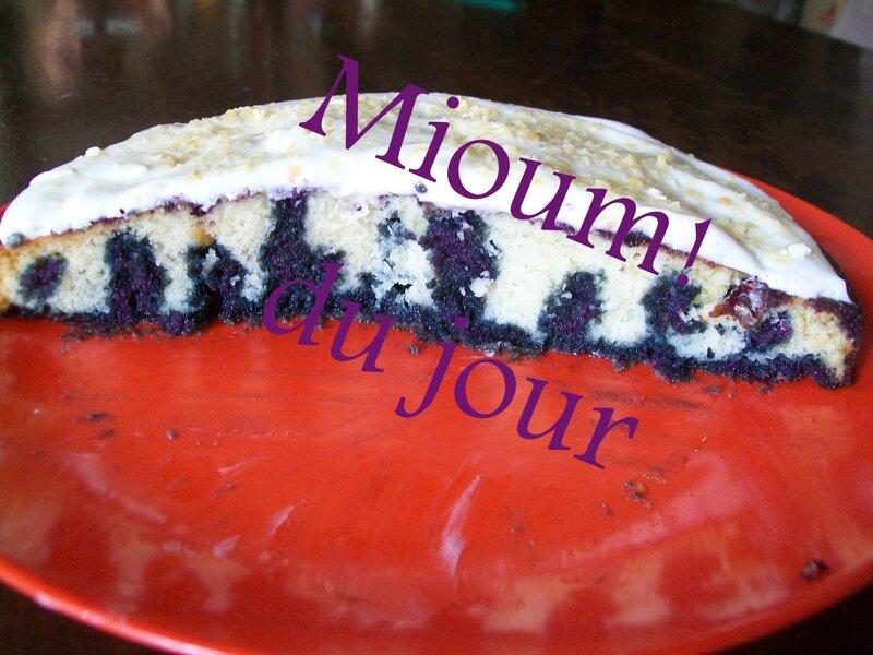 poke cake bleuet4