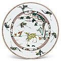 A large famille-verte 'deer and crane' dish, qing dynasty, kangxi period (1662-1722)