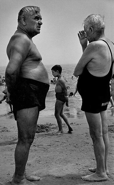 CI_061_Two_Men_and_a_Boy_Contemplate_1950