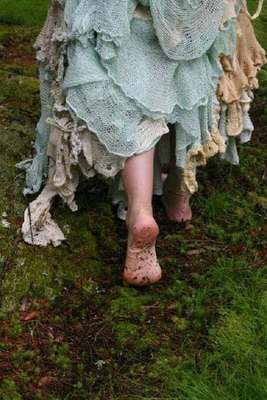 pieds nus au jardin