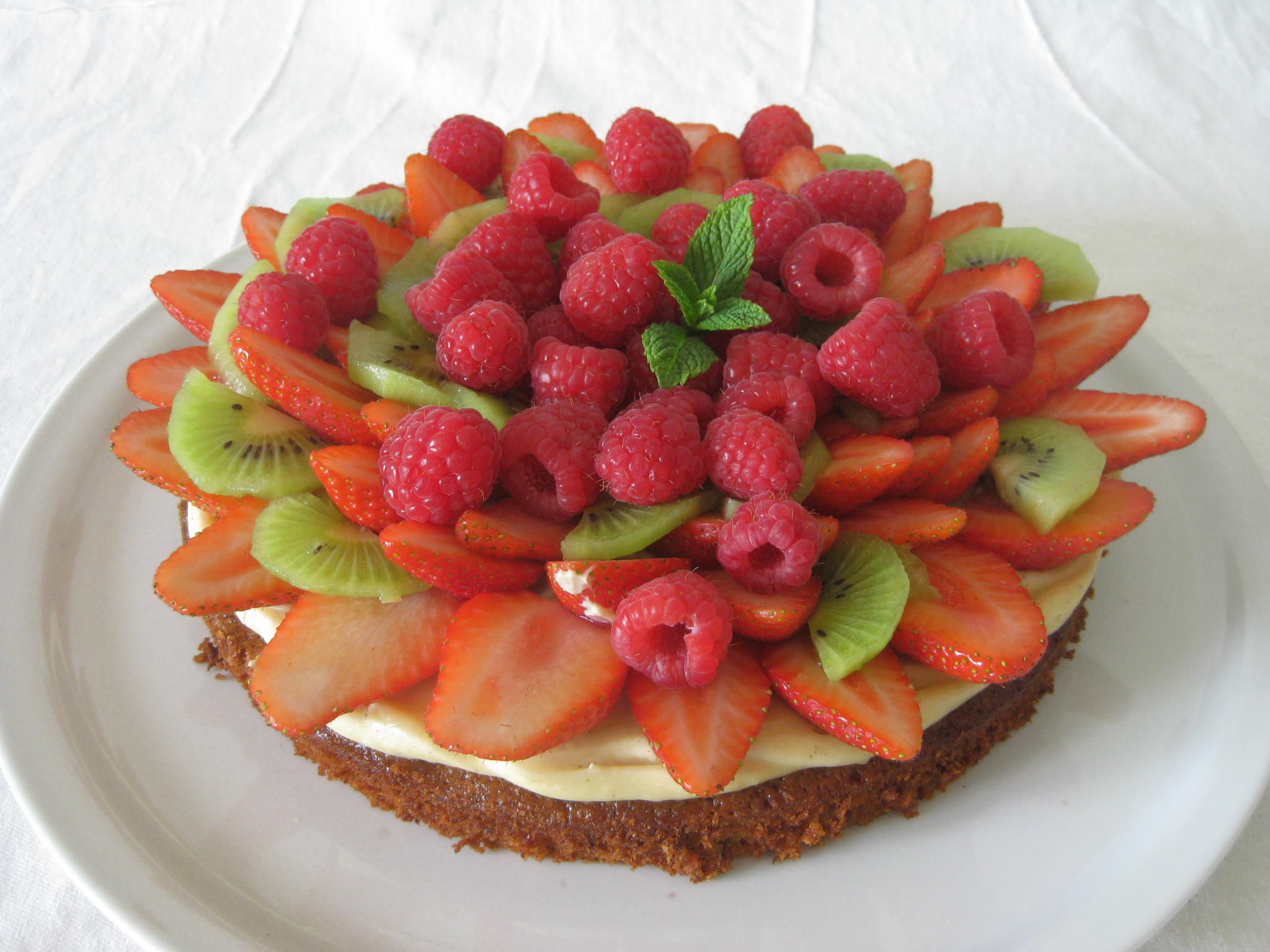 20130609 Gâteau noisette et multi fruits (8)