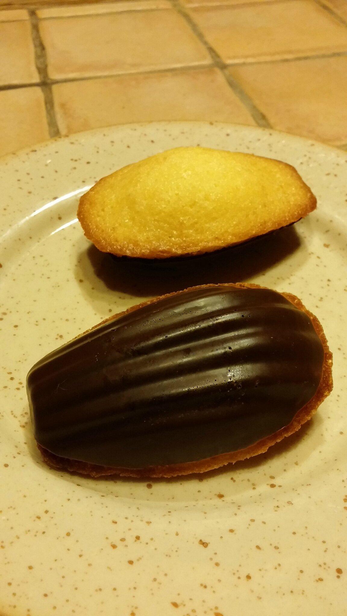 Madeleines selon Lenôtre avec ou sans coque en chocolat: