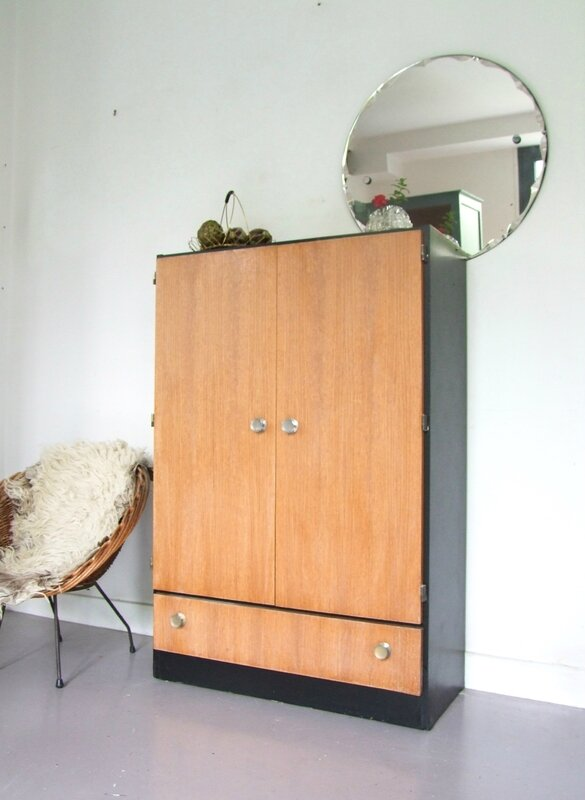 Armoire-buffet vintage