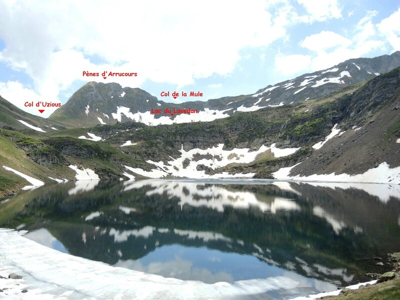 Gourette, M, Les trois Lacs, lac d'Uzious et neige (64) A