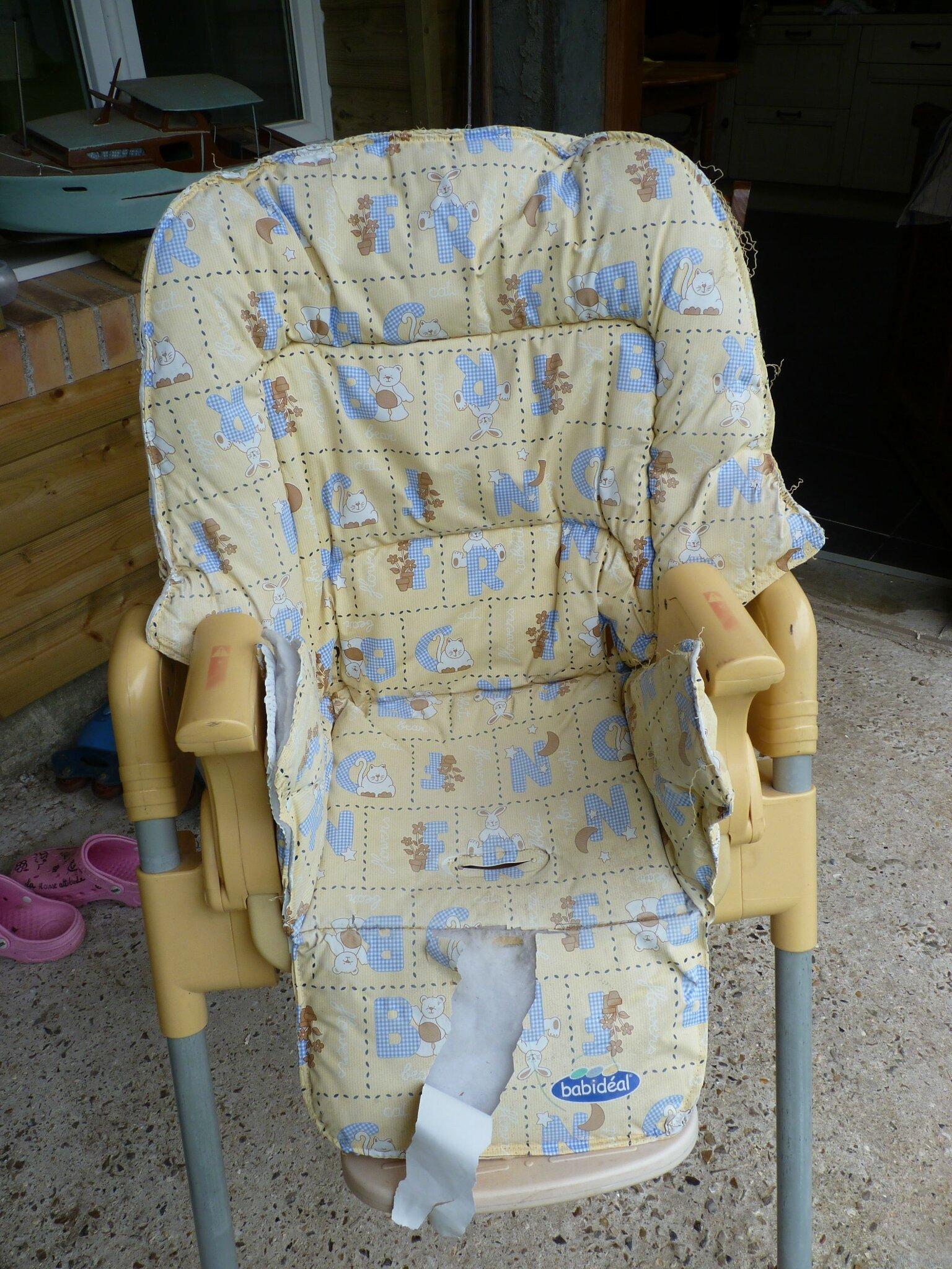 Housse chaise haute les poupouilles de cat for Housse de chaise haute