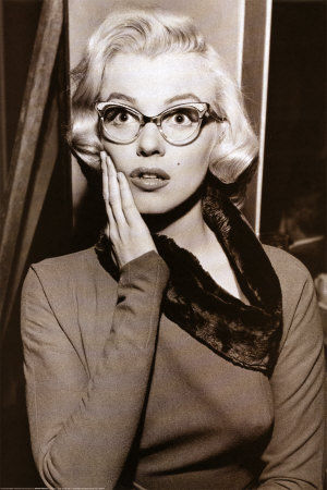 st4074marilyn_monroe_glasses_posters1