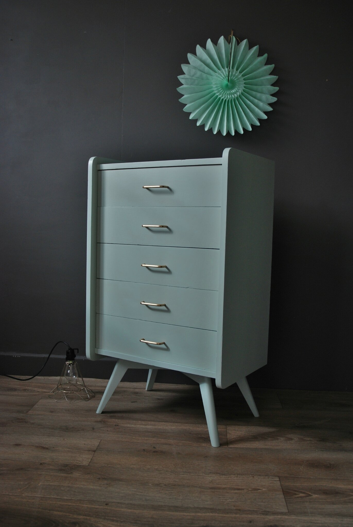 commode chiffonnier vert amande atelier vintage. Black Bedroom Furniture Sets. Home Design Ideas