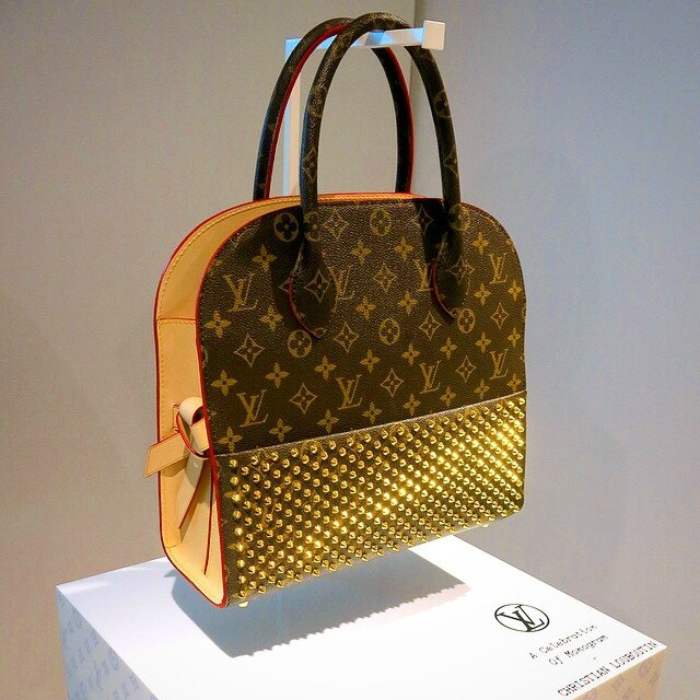 Louis-Vuitton-Christian-Louboutin-Studded-Tote-Bag-Iconoclasts-2