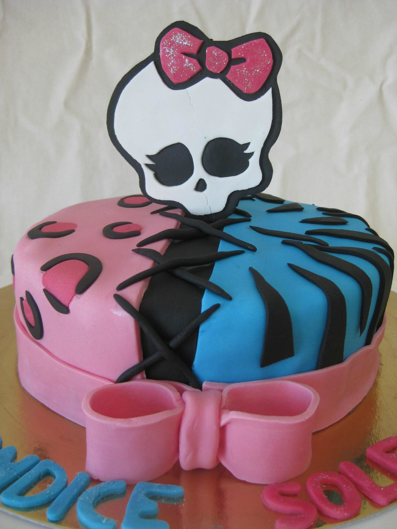 Très Gâteau Monster High n°3 - Monster High cake - Les Hobbies d'Aurélie HK75