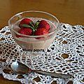 Mousse mascarpone/fraises-menthe