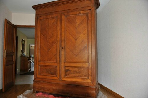 armoire bonneti re pantalonni re relooking meuble. Black Bedroom Furniture Sets. Home Design Ideas