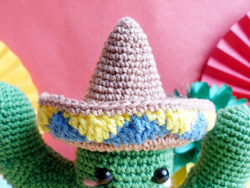 05-cactus-mexicain-crochet-armigurumi-patron
