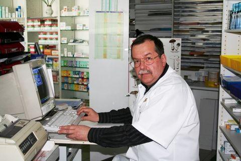 pharmacien retraité