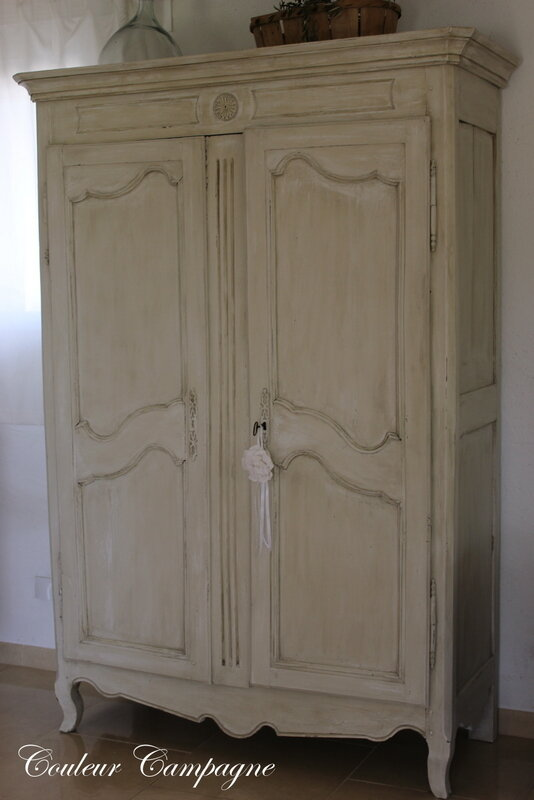 armoire de mariage patin e couleur campagne. Black Bedroom Furniture Sets. Home Design Ideas