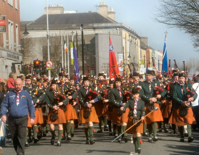 de la salle scout pipe band Waterford