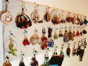 Faire un pr sentoir bijoux c claire - Fabriquer un presentoire a bijoux ...