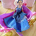 Robe de bal bleue barbie