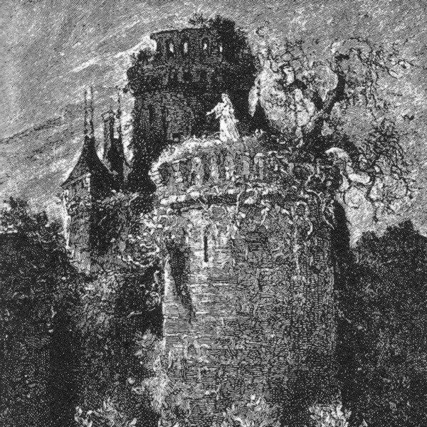 Dame blanche au sommet d'une tour