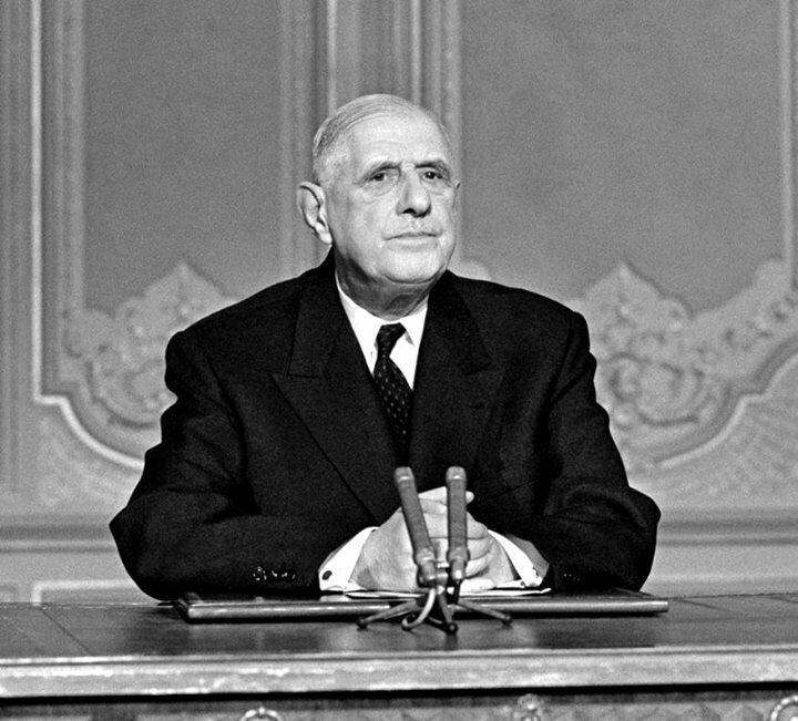 Charles-de-Gaulle-décida-le-2-juin-1967-de-décréter-un-embargo-préventif-sur-ventes-darmes-à-destination-du-Proche-Orient