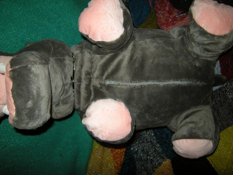 bert l 39 hippo peteur de abby dans ncis blog de moi. Black Bedroom Furniture Sets. Home Design Ideas