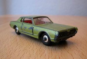 Mercury cougar 01 -Matchbox-