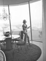 1962-06-30-tim_leimert_house-pucci_jacket-livingroom-by_barris-011-2