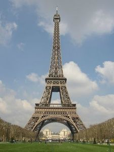 tour-eiffel-paris-france