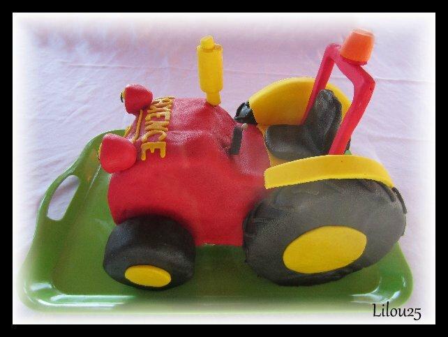 Tracteur tom g teaux en f te de lilou 25 - Tracteur tom dessin anime ...