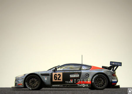 AstonMartinDBR92006TM_03