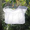 Petite blouse blanche