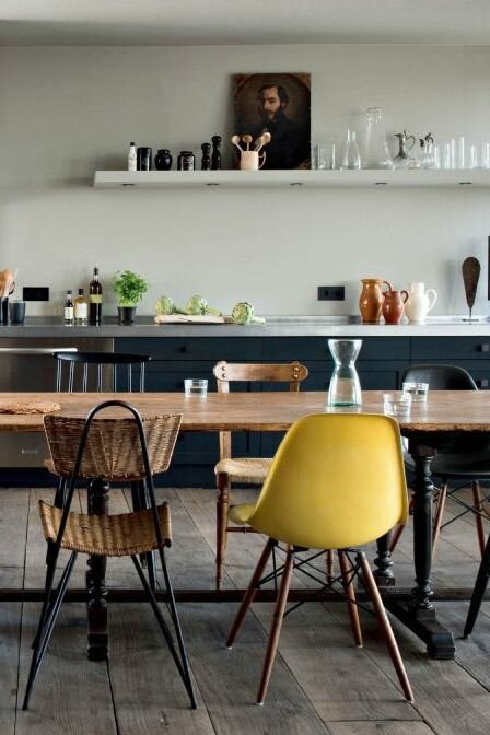 mixer-les-chaises-pour-une-table-dynamique_4690652