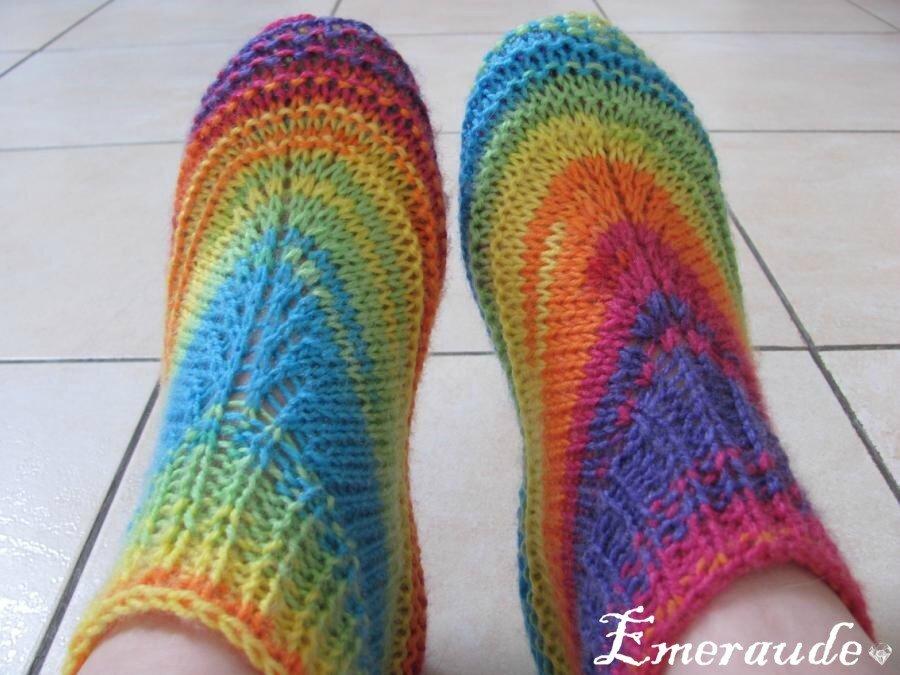 tricot chaussons adulte arc en ciel notre petit yarn paradis. Black Bedroom Furniture Sets. Home Design Ideas