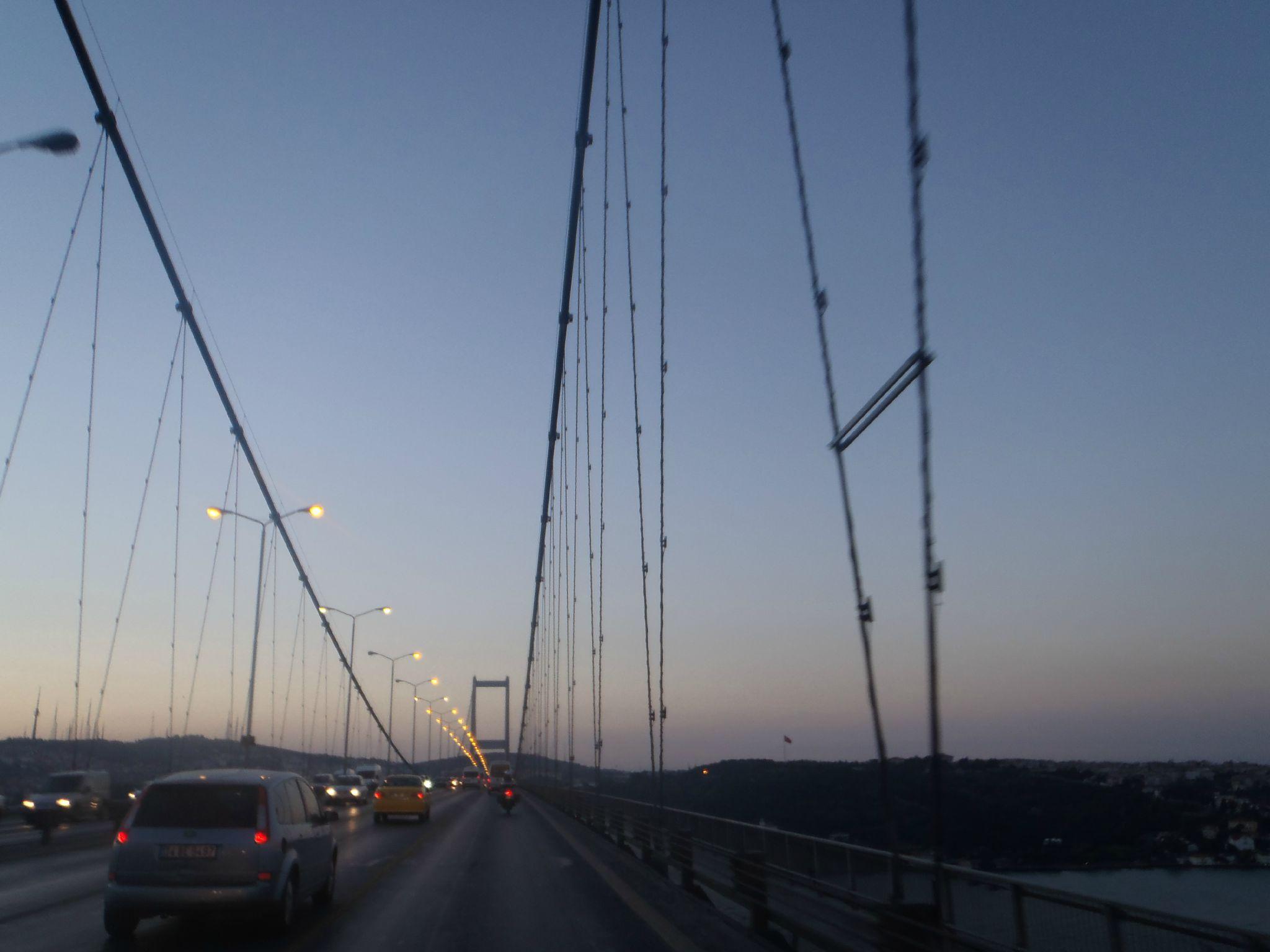 turquie istanbul 6H00 du mat j'ai des frissons sur le pont