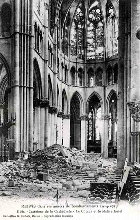 """Résultat de recherche d'images pour """"Cathédrale de Reims en ruines, PHOTO DE PRESSE PRISE EN 1919"""""""