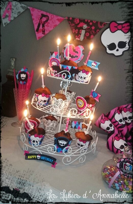 gâteau anni monster high