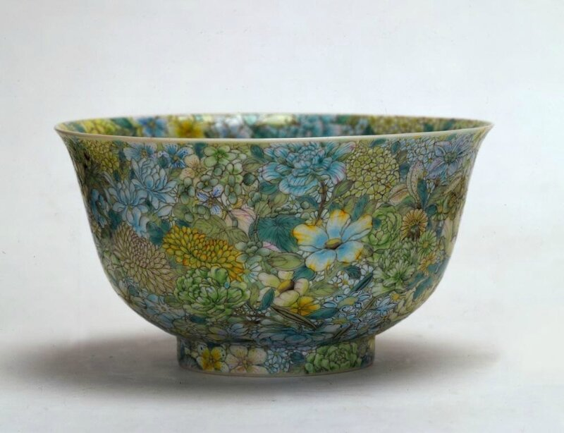 A bowl with One Hundred Flowers motif, Qing dynasty (1644-1911), Reign of the Jiaqing emperor (1796-1820)
