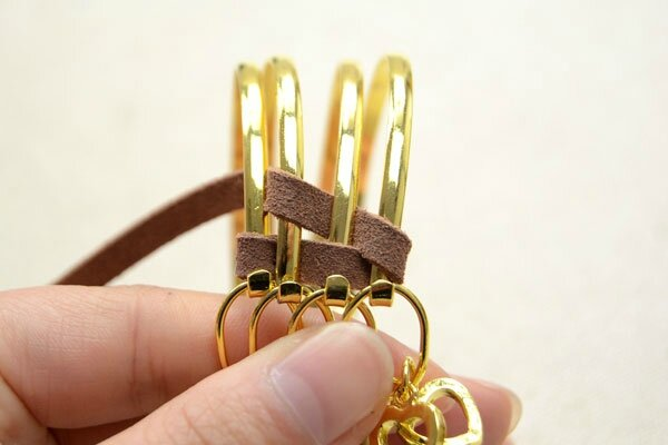 Cool-Ways-to-Make-Stacked-4-in-1-Wide-Metal-Cuff-Bracelets-with-Suede-Cord-step2-3