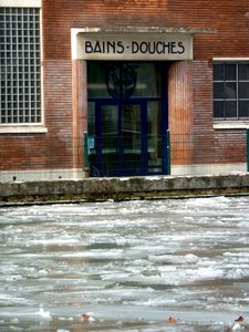 glace bains-douches