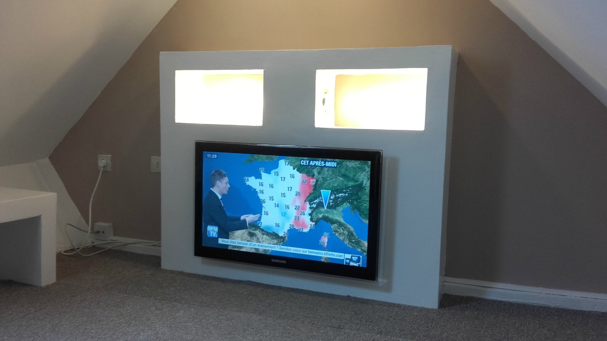 Fabriquer Un Meuble Tv Dangle En Placo Design D Int Rieur Et  # Photo Meuble Tv Placo