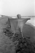 1962-07-13-santa_monica-towel-by_barris-011-08