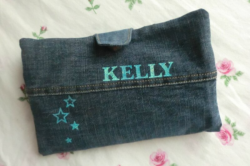 Kelly - 2014-09-01 - trousse Valentin (1)